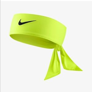 Nike Dri-FIT head tie